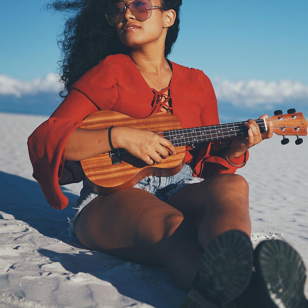 Spiller du ukulele?